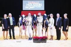 juniorchampions-holstein_151212-0001